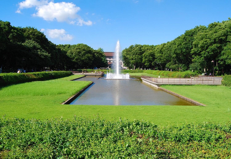 Museo Nacional de Tokyo al fondo.