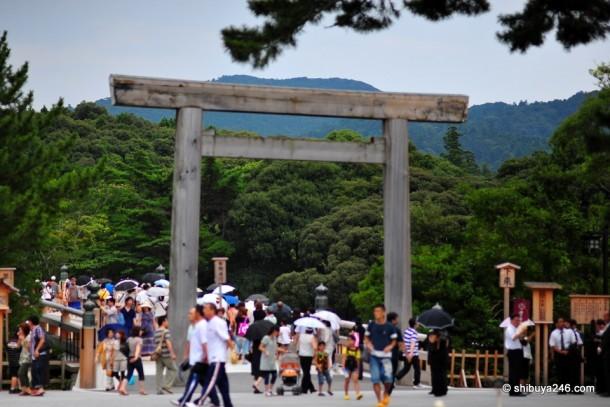 Tori del templo Ise Jingu. Foto de Shibuya246