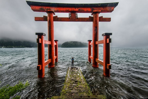 A stormy day by the lake at Hakone. Foto de Solar Art Photography