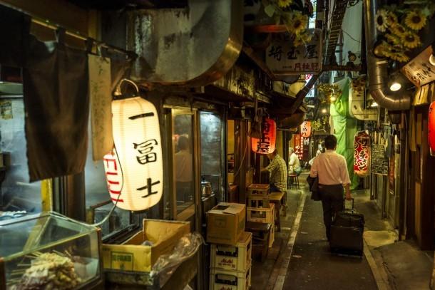 Omoide Yokocho. Foto de Odigo Travel