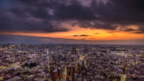 Sunset on west side Tokyo. Foto de Nicolas Wauters