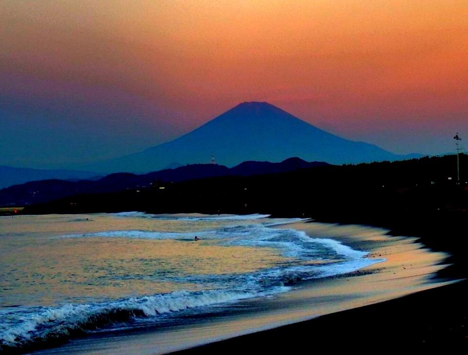 夜明けの富士. Foto de mishima.yuji